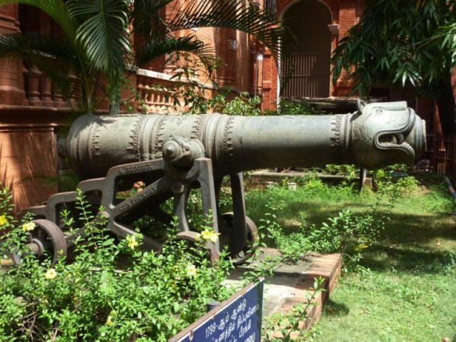 Cannon used by Tipu Sultan's forces at the battle of Srirangapatna, 1799.