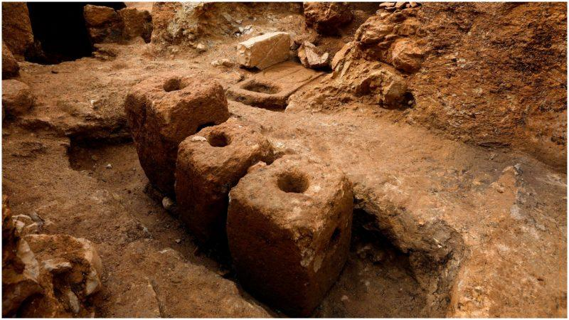 Ancient Jewish village unearthed in eastern Jerusalem