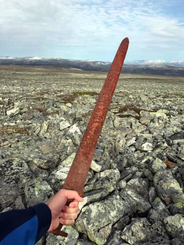 Viking sword discovery: Hunter finds a 1,100-year-old weapon on Norwegian mountain
