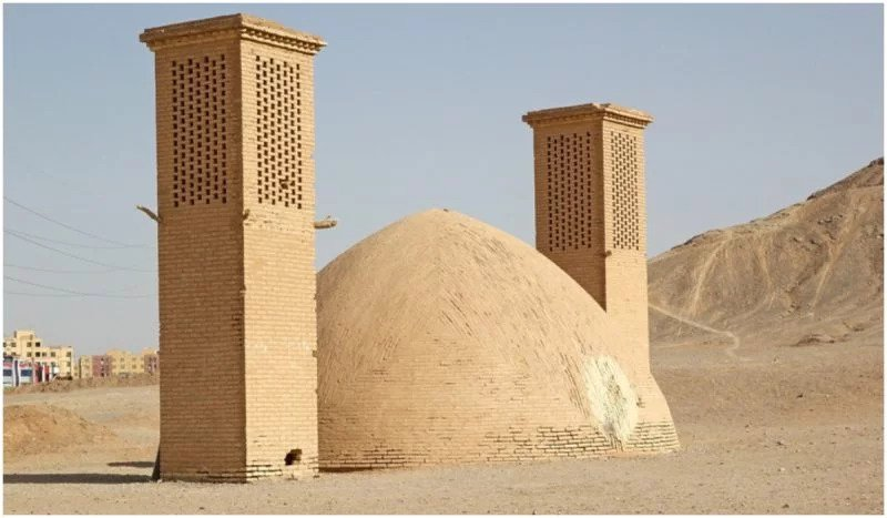 ANCIENT ADVANCED TECHNOLOGY: 2,400-YEAR-OLD YAKHCHALS KEPT ICE IN THE DESERT